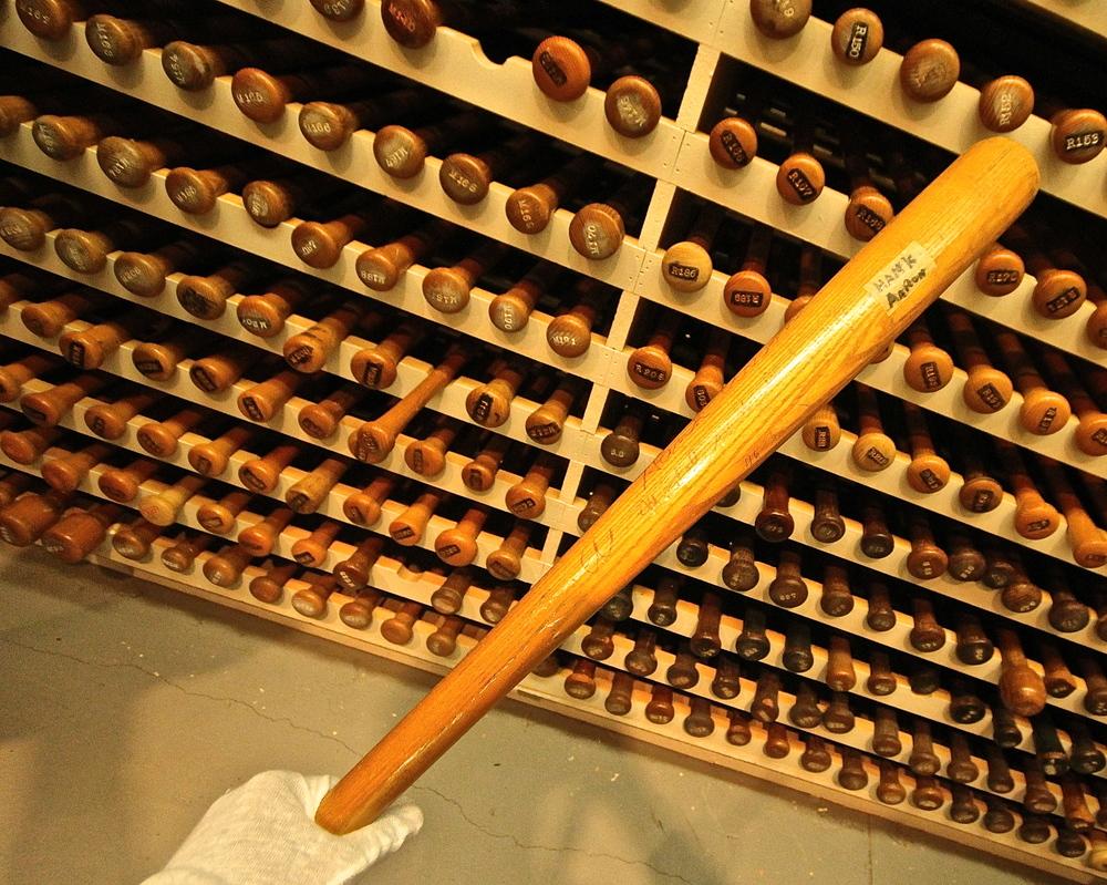Hank Aaron's bat model