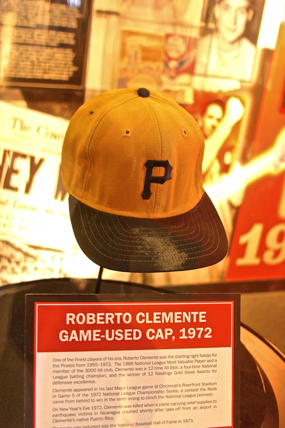 Roberto Clemente game used hat