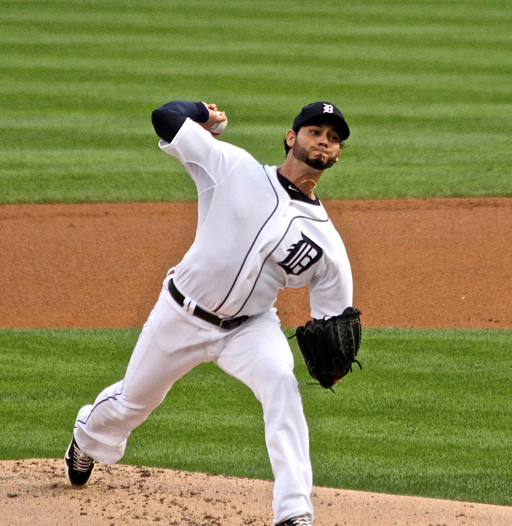 Anibal Sanchez throws one in