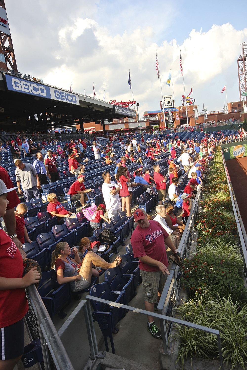 Fans ready to pounce during batting practice