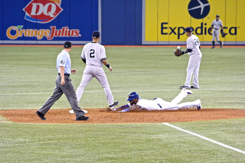 Jose Reyes slide safely into second