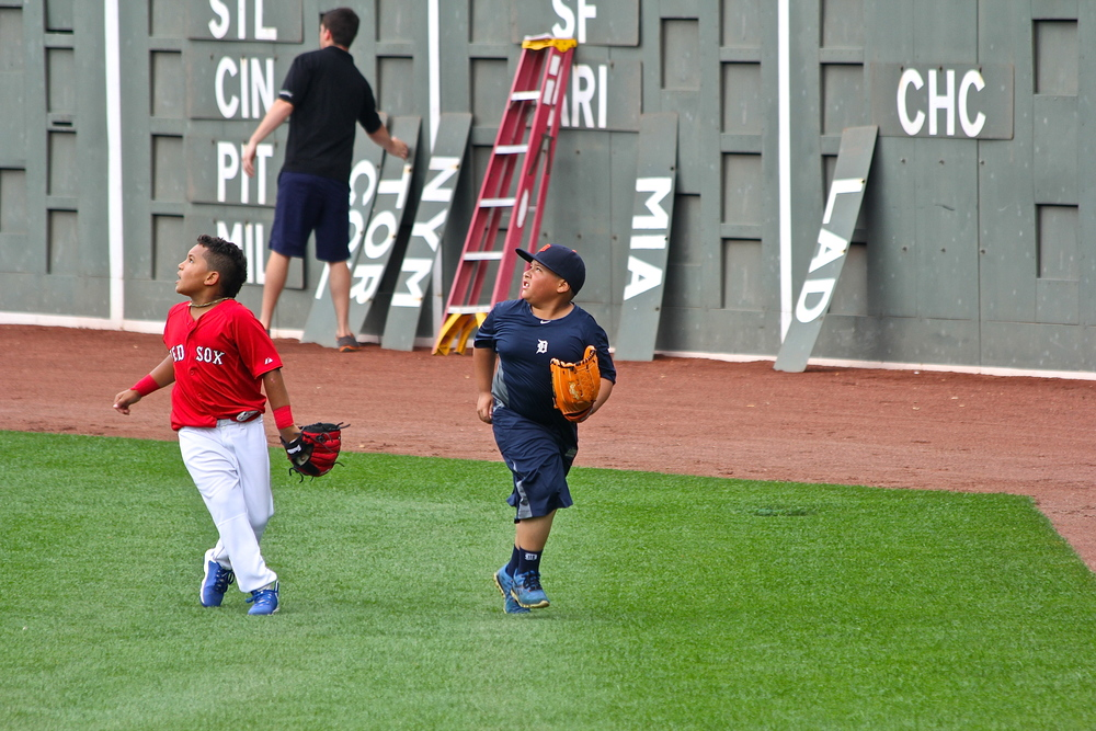 Little Ortiz and Little V-Mart shagging balls
