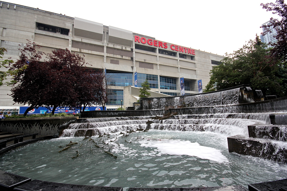 Rogers Centre fountain