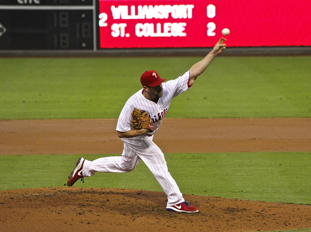 Cliff Lee delivery