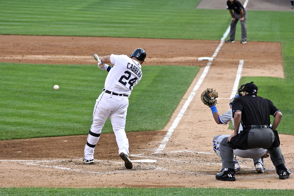 Miguel Cabrera base hit