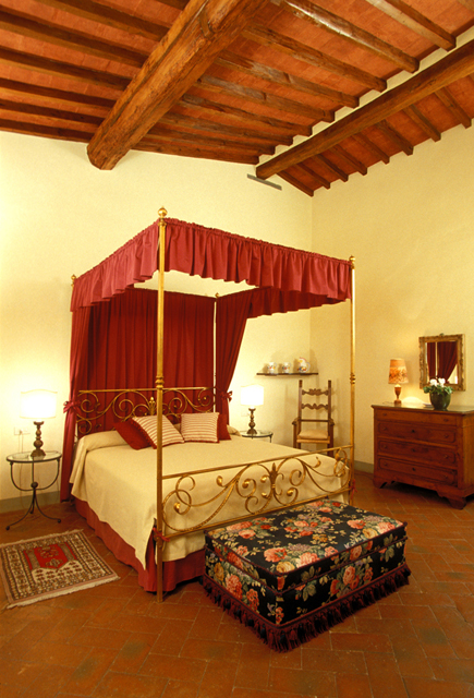 An apartment in the Palazzo Antellesi, Florence