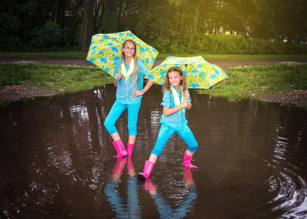 portage-michigan-child-photographer-puddles1.jpg