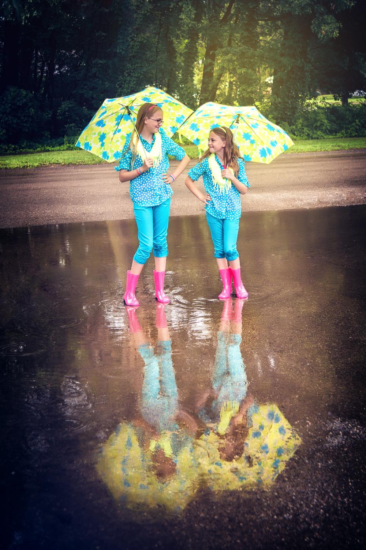 portage-michigan-child-photographer-puddle2.jpg