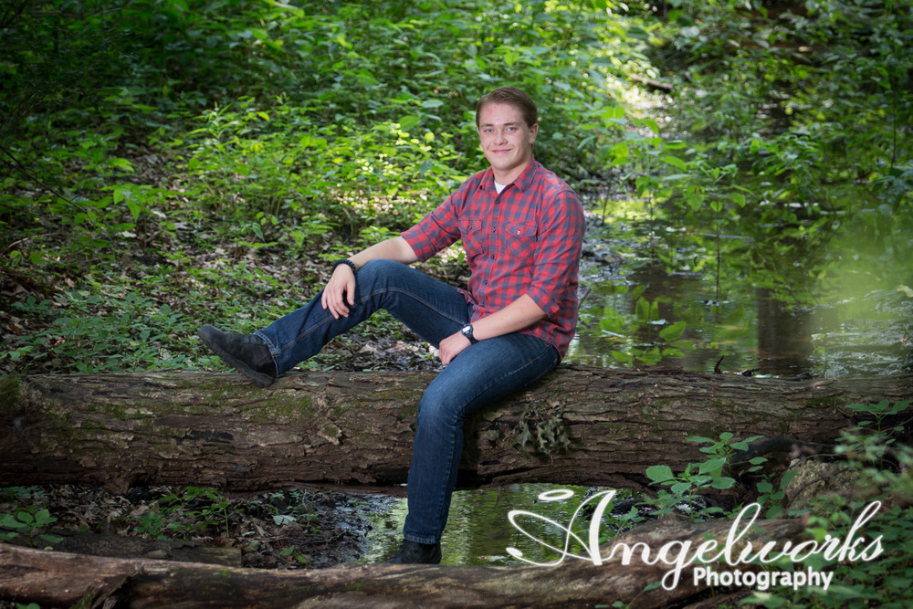 portage-michigan-photographer-senior-pictures-scout4.jpg