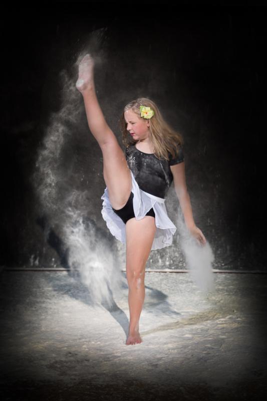 portage-michigan-senior-pictures-flour006.jpg