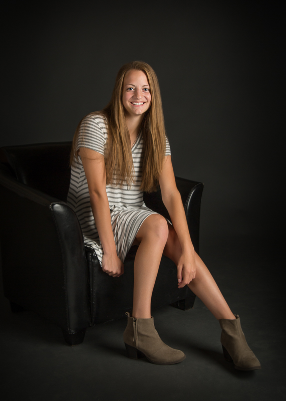 portage-michigan-senior-pictures-amy-stripes005.jpg