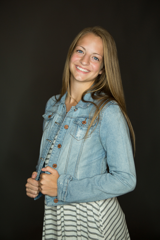 portage-michigan-senior-pictures-amy-stripes0011.jpg
