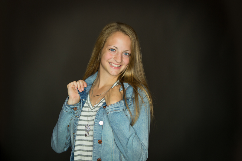 portage-michigan-senior-pictures-amy-stripes0012.jpg