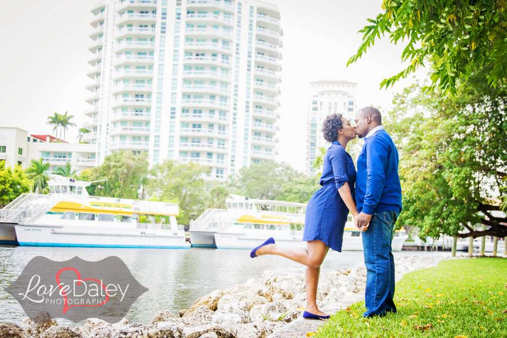 Browardlibraryengagementshoot28.jpg