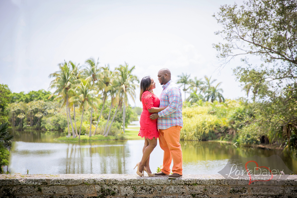 Fairchildtropicalgardenengagementshoot24.jpg