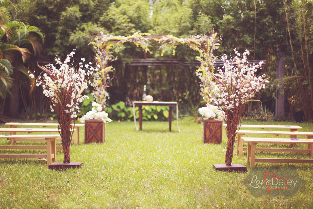 Bamboogalleryweddingstyledphotoshootinspiration02.jpg