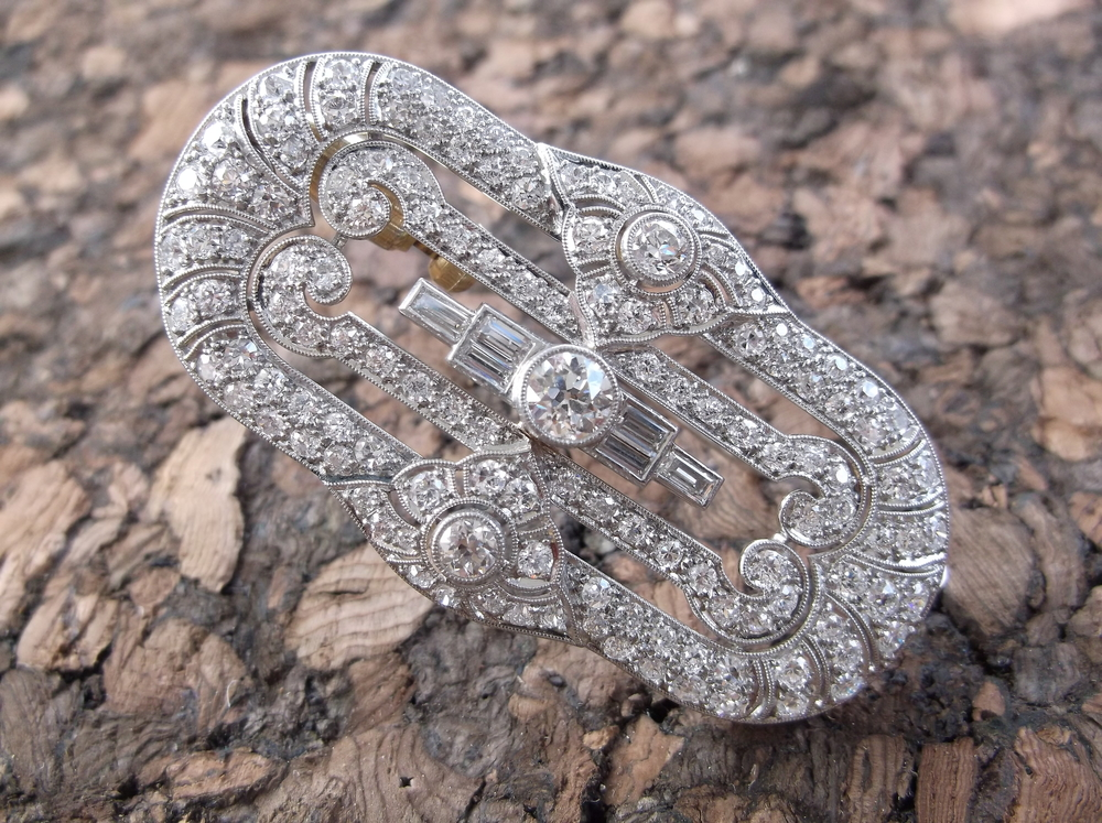 SOLD - Decadent all original 1920's diamond broach (that can also be worn as a pendant!) set in platinum with 4.00 carats total weight in diamonds!