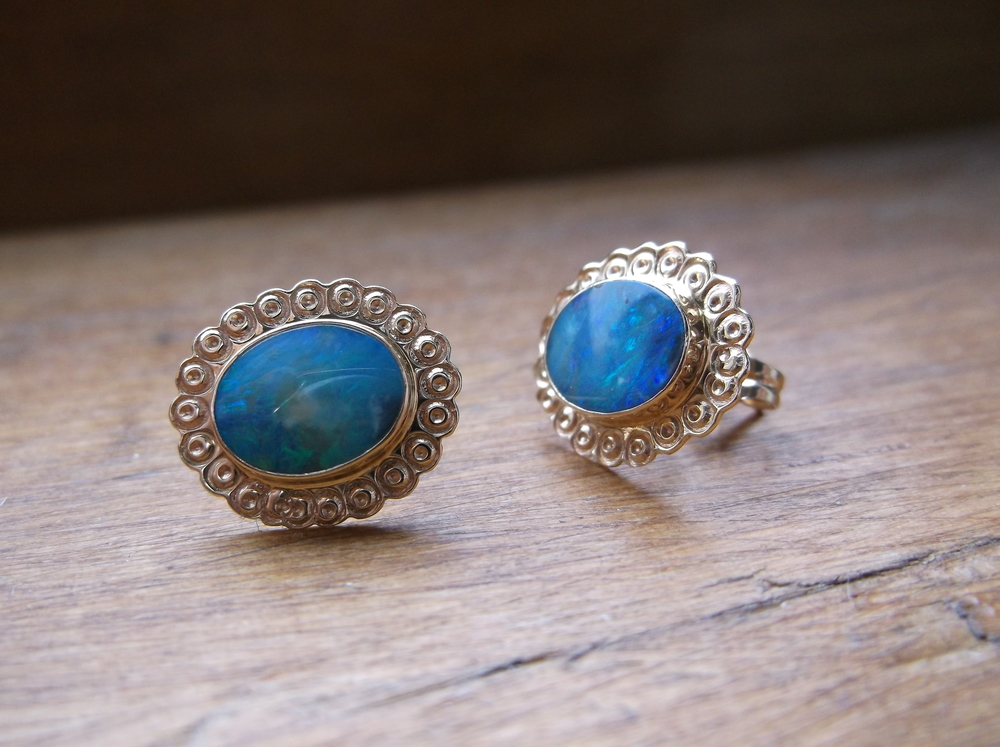 SOLD - Lovely vintage opal and yellow gold stud earrings.