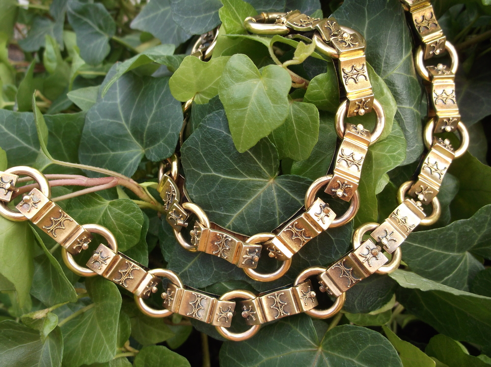 "SOLD - Stunning Victorian Era hand crafted Etruscan heavy yellow gold chain (21"" in length)."