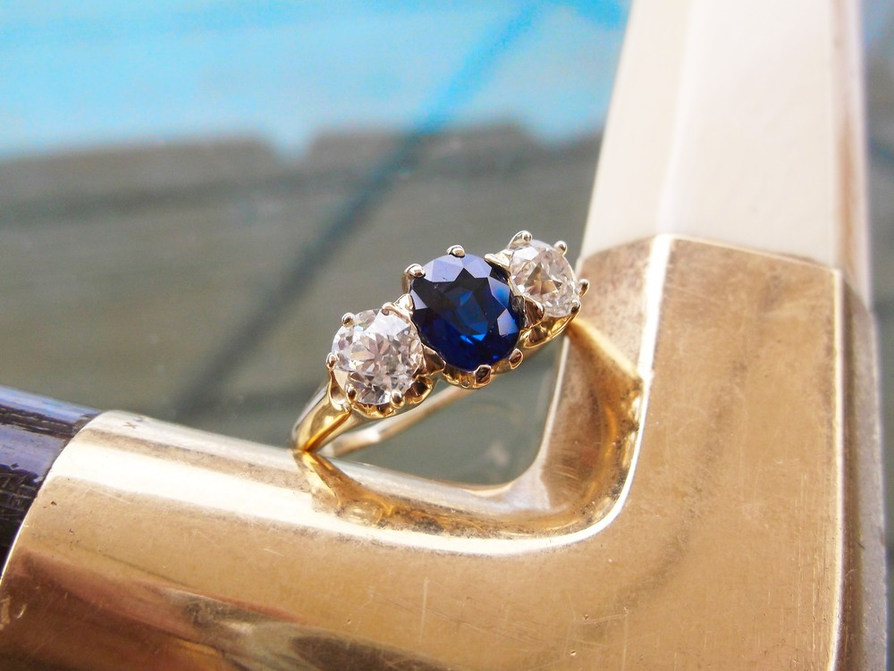 SOLD - Gorgeous Victorian era Old Mine cut diamond and sapphire ring in 18K yellow gold.