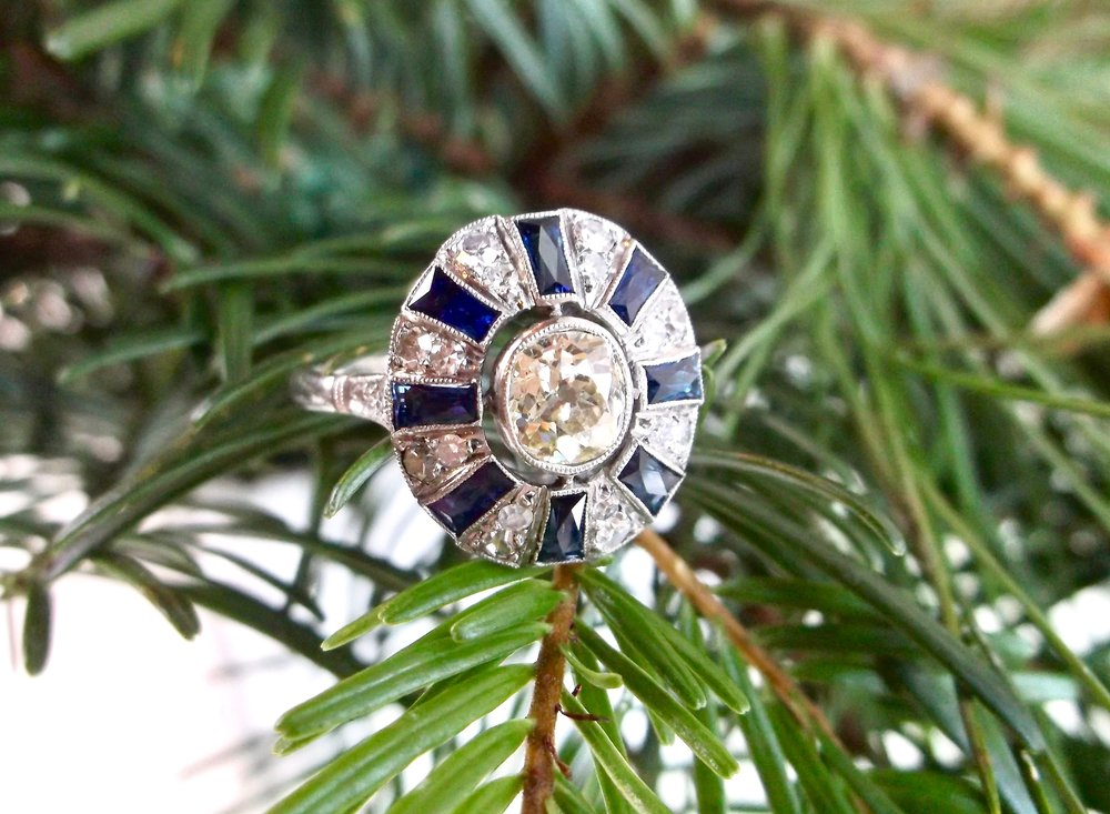 If this fabulous Art Deco Old Mine cut diamond and sapphire ring isn't the perfect Christmas present, then we don't know what is! Shop this beauty  HERE .