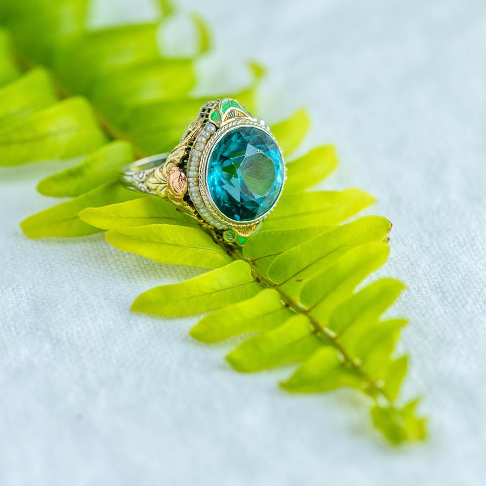 Oh how we could get lost in the depths of this blue zircon! Shop this fabulous ring  HERE .