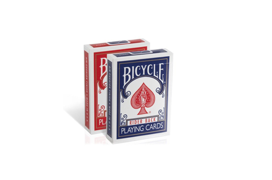 the best games for adults  /  playing cards and card games