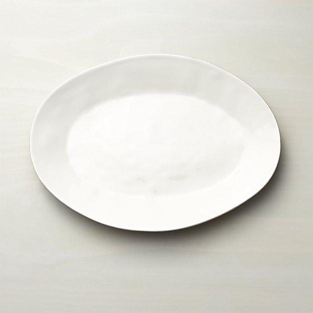 classic entertaining + serveware essentials  /  the best platters