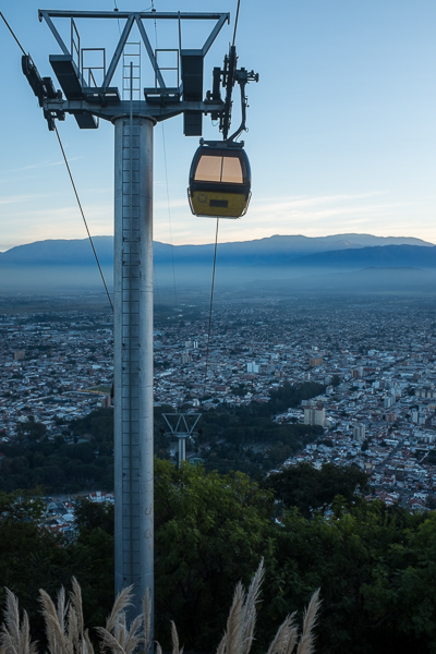 teleférico_san_bernardo_gondola_salta_argentina.jpg