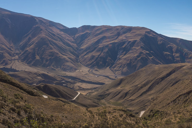 quebrada_de_la_flechas_salta_region_argentina.jpg