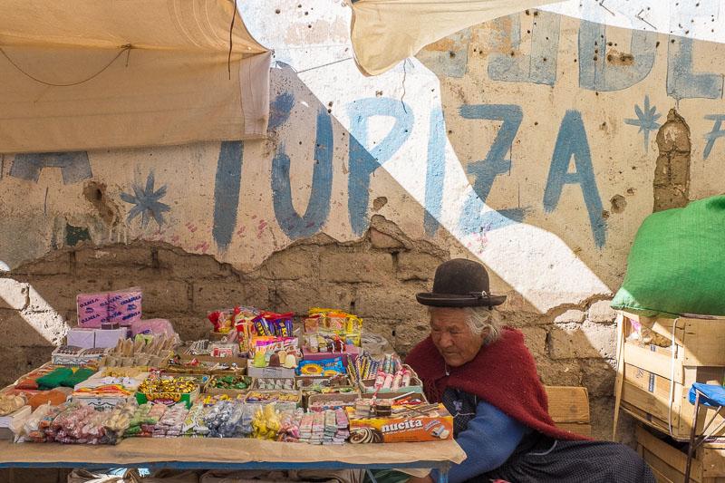 tupiza_market_ladies_bolivia.jpg