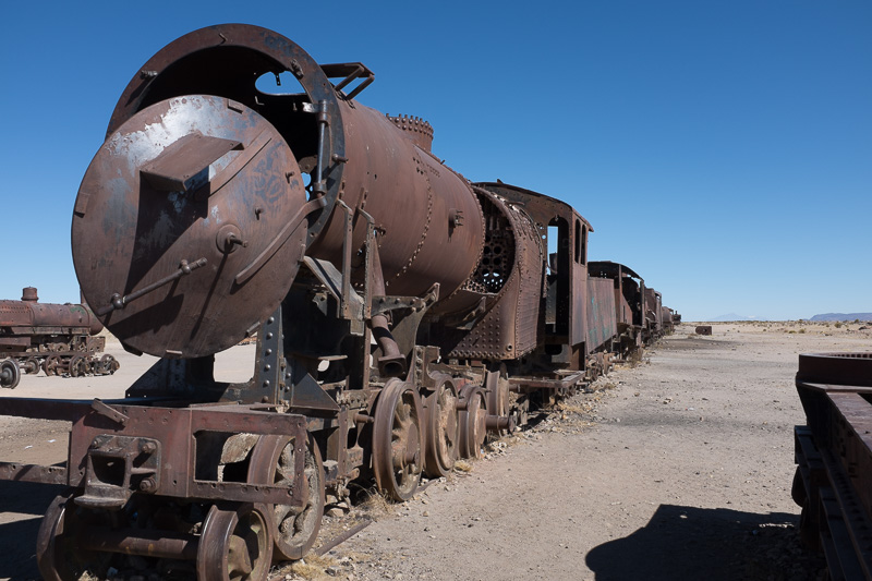 train_graveyard_uyuni_salt_flats_tour_bolivia_3.jpg