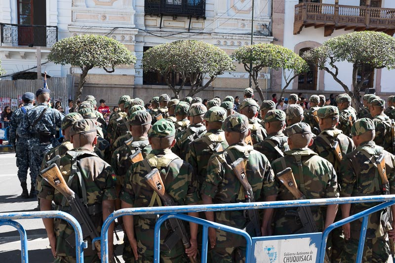 soldiers_sucre_bolivia.jpg