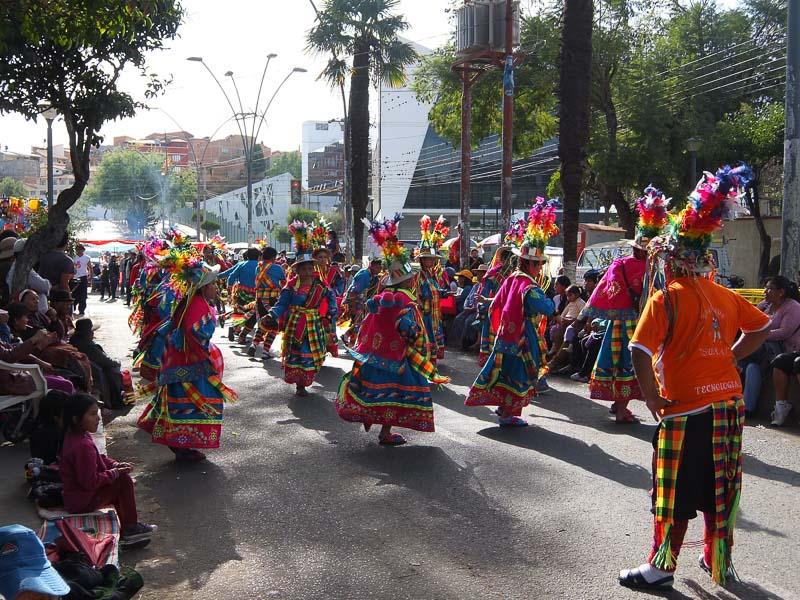 folklorica_festival_sucre_bolivia_2.jpg