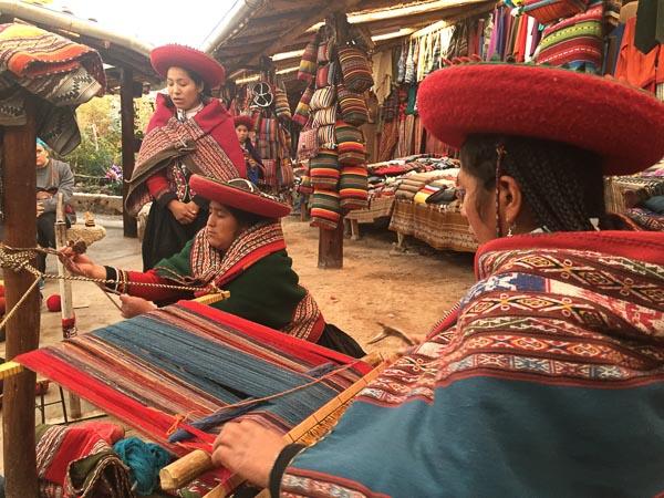 chinchero_weaving_centre_sacred_valley_peru.jpg