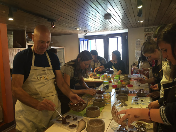 chocolate_making_choco_museo_cusco_2.jpg