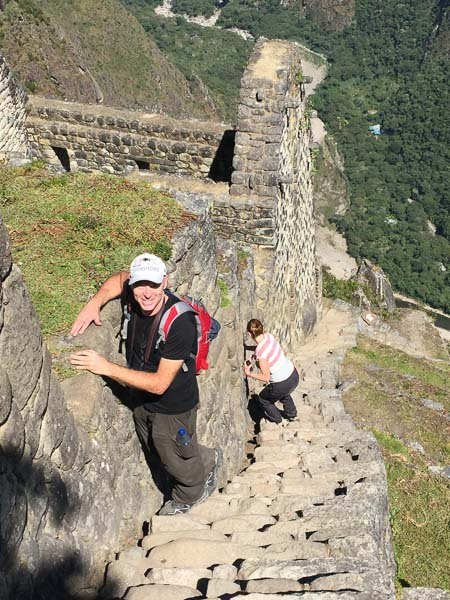 wanna_picchu_steep_steps.jpg