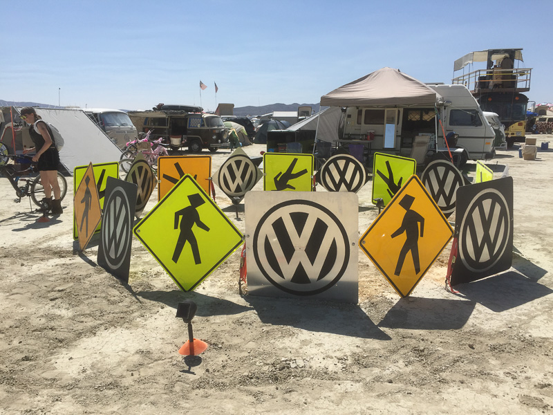 vw_camp_burning_man.jpg