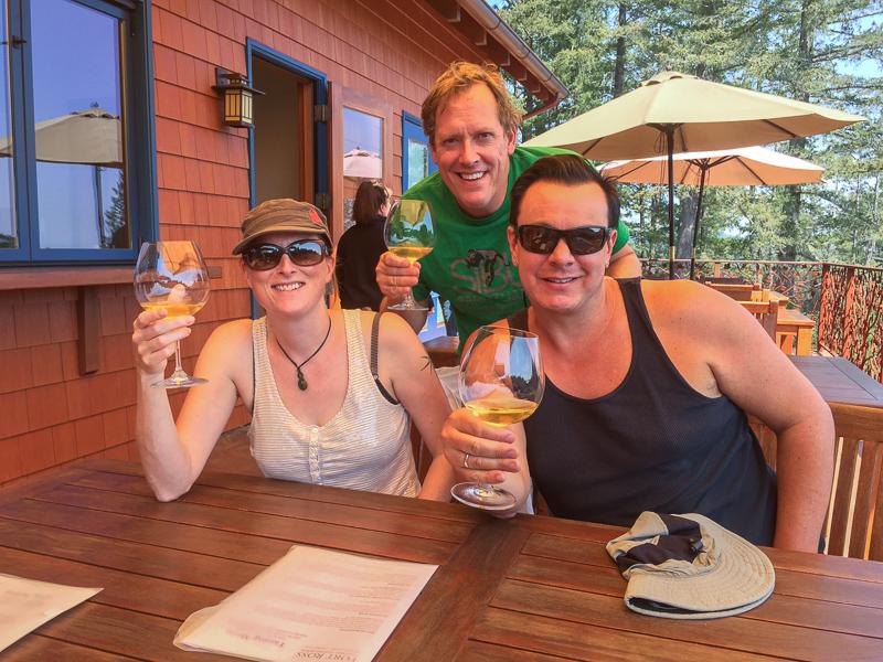 wine_tasting_with_friends.jpg