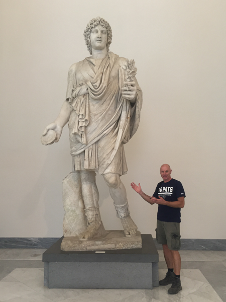 huge_roman_scuplture.jpg