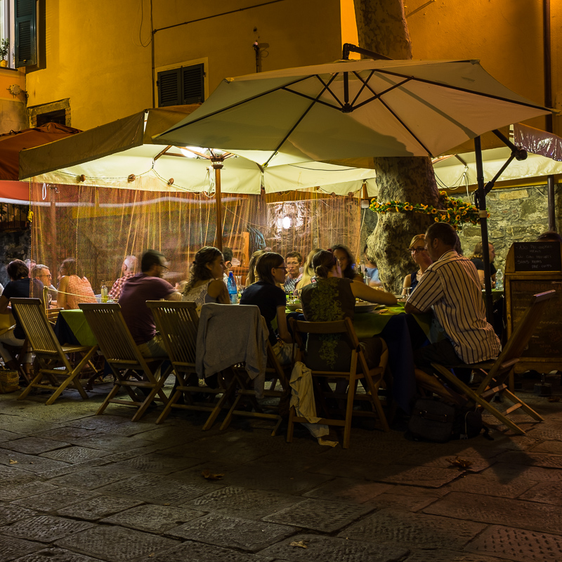 cinque_terre_corniglia_night.jpg