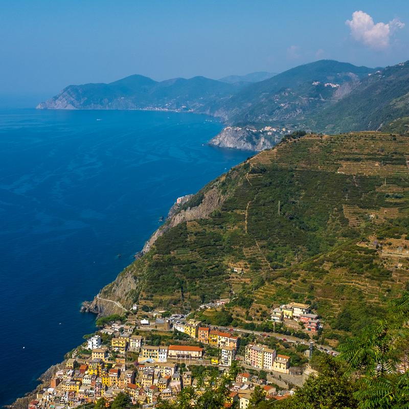 Amalfi Coast Vs Cinque Terre 2checkingout Travel And Adventure