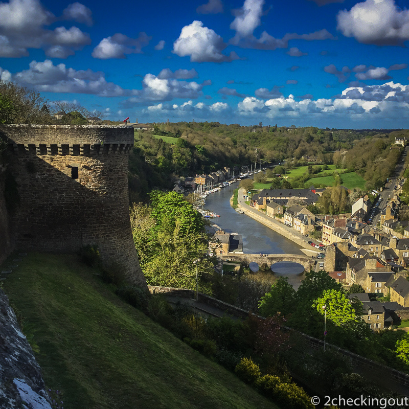 the_view_from_above_of_the_river_rance_in_dinan.jpg