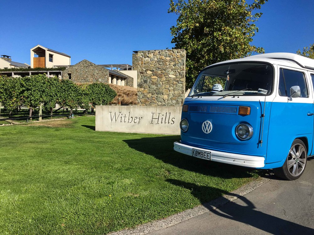 blue_volkswagen_kombi_outside_wither_hills_vineyard_marlborough_new_zealand.jpg