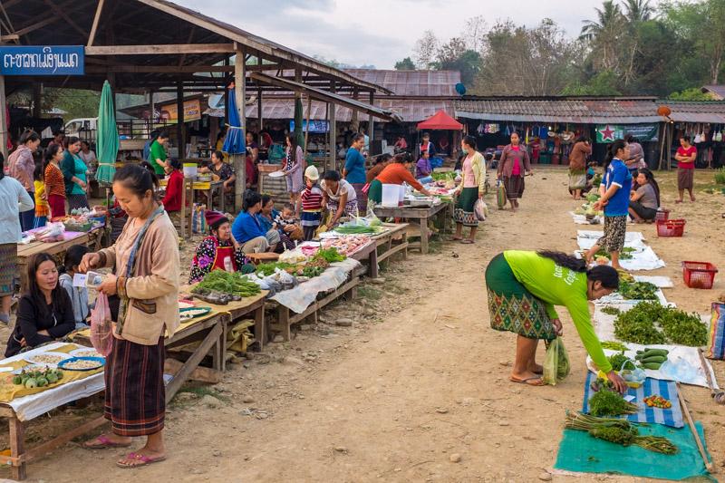 village_market_laos.jpg