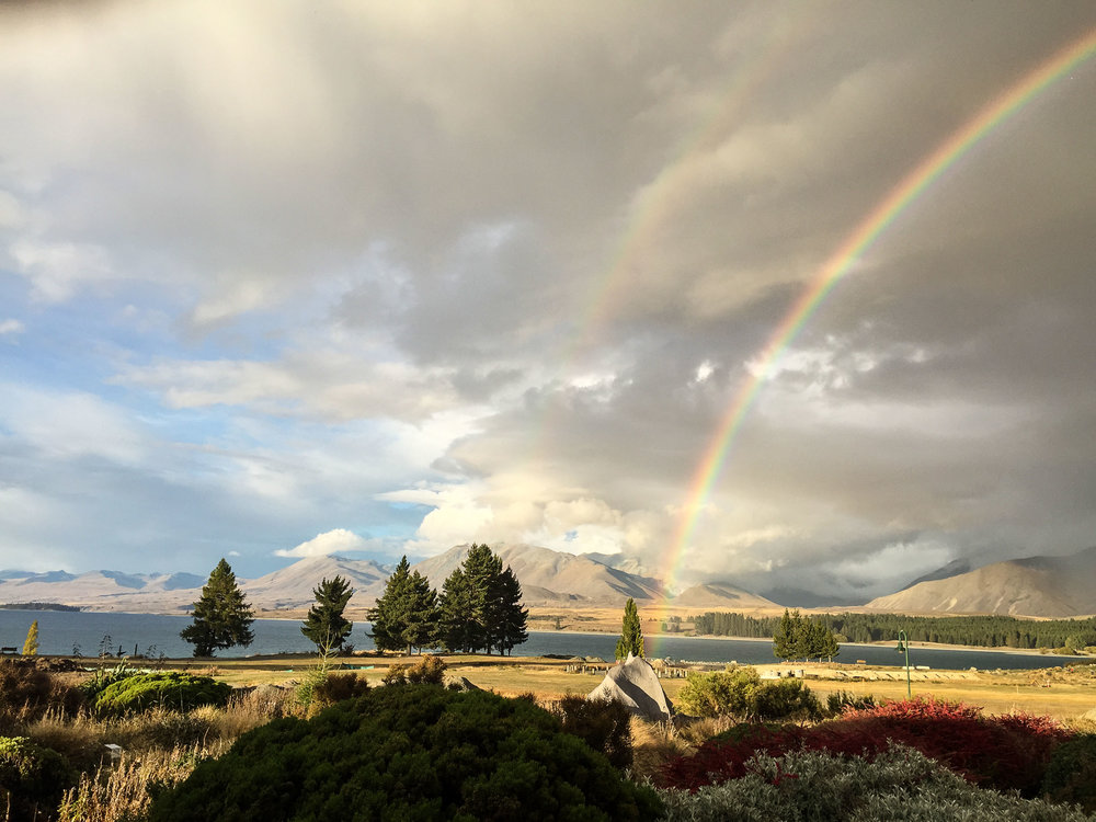 pot_of-gold_lake_tekapo.jpg