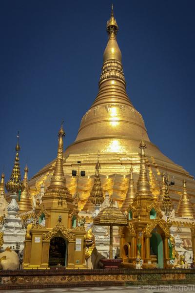 shwedagon-pagoda_yangon_myanmar.jpg