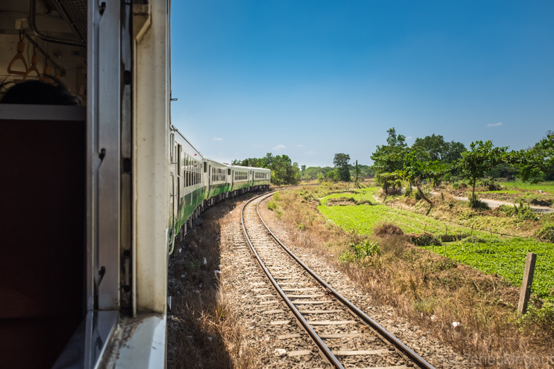 circular_train_yangon_myanmar.jpg.jpg