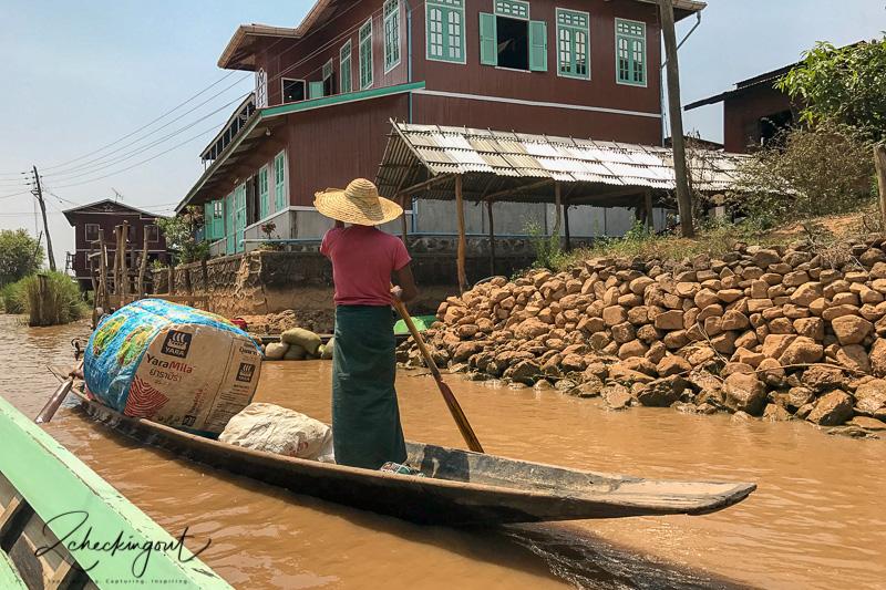 hollow_boat_inle_lake_myanmar.jpg