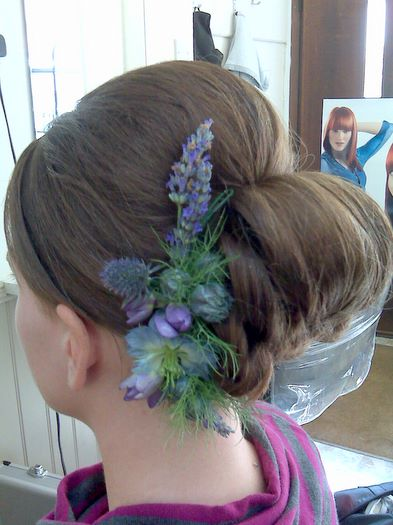 60's Inspired Hair With Fresh Flowers